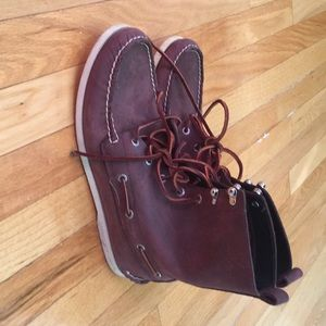 Speedy top sided shoes like new